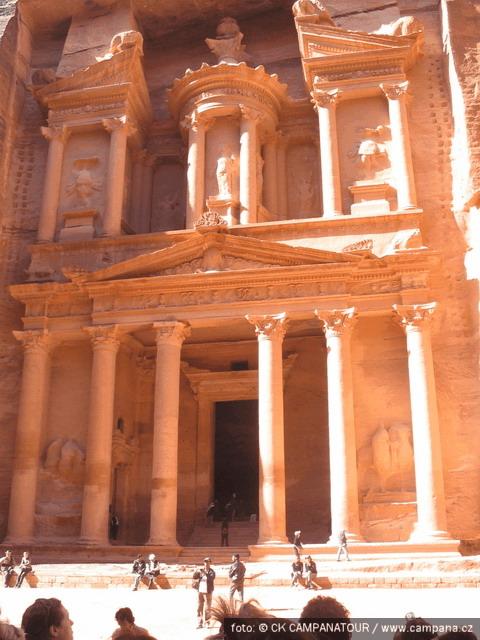 Petra– skalní město